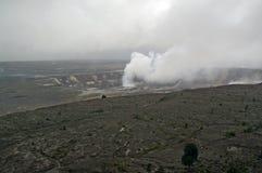 De krater van de vulkaan op Hawaï royalty-vrije stock afbeeldingen