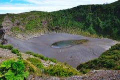 De Krater van de Vulkaan van Irazu, Costa Rica Royalty-vrije Stock Foto's