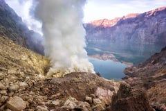 De Krater van Ijen Royalty-vrije Stock Afbeelding
