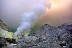 De Krater van Ijen Royalty-vrije Stock Foto's