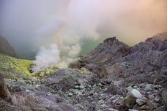 De Krater van Ijen Stock Foto's