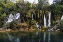 De Kravice cascada también Kravica en Bosnia y Herzegovina - nacional Imagen de archivo libre de regalías