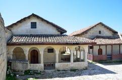 De Krim, Bakhchisaray, de Boerenkool van Chufut van de holstad Karaitekenesas van de 14de en 18de eeuwen Stock Foto's
