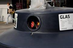 DE KRINGLOOPcontainer VAN HET GLASafval Stock Afbeelding