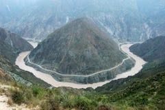 De Kromming van de Rivier van Jinshajiang Royalty-vrije Stock Foto's