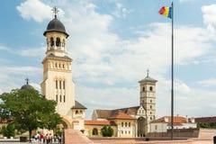 De Kronings Orthodoxe Kathedraal en de Heilige Michael Roman Catholic Cathedral Stock Foto