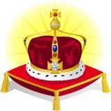 De Kroon van de koning op Hoofdkussen Stock Foto