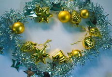 De kroon van Kerstmis Nieuwjaar of Kerstmis de vlakte legt fotoachtergrond voor affiche, groetkaart, bannermalplaatje Stock Afbeeldingen