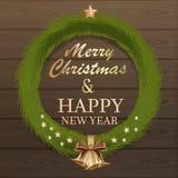 De kroon van de Kerstmisspar op houten achtergrond royalty-vrije illustratie