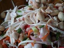 De kruidige Salade van het Kokospalmuiteinde Stock Fotografie