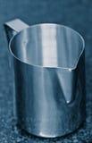 De kruik van het roestvrij staal Royalty-vrije Stock Fotografie