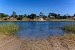 De kruising van rivierveerboot Afrika Botswana Stock Afbeelding
