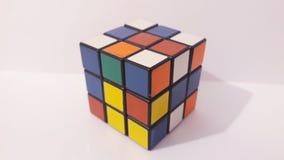 De kubus van Rubic stock afbeeldingen