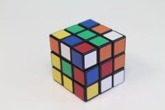 De kubus van Rubik stock afbeelding