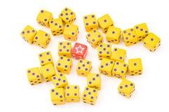 De kubussen van het spel Stock Foto's