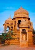 De kungliga cenotafierna av historiska linjaler, Jaisalmer, Rajasthan, Indien Arkivfoto