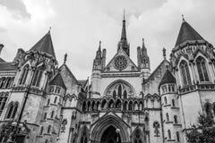 De kungliga domstolarna i London - LONDON - STORBRITANNIEN - SEPTEMBER 19, 2016 Royaltyfria Foton