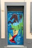 De kunst van open deur in de straat van Santa Maria Een project dat aan ` open ` de stad aan artistieke en culturele gebeurteniss Royalty-vrije Stock Afbeeldingen