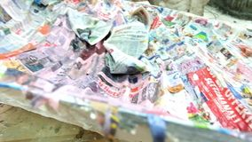 De kunst van papier-maché stock footage