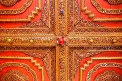 De kunst van Thaise architectuur Wat Chom Sawan, de Koninklijke Tempel Stock Foto