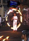 De kunstenaars van de brand bij het festival Pera Hera in Suikergoed Royalty-vrije Stock Afbeeldingen