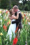 De Kus van het huwelijk stock foto's