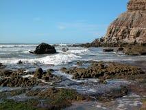 De kust van de Atlantische Oceaan Stock Foto