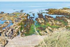 De kust van de Atlantische Oceaan op Guerande-Schiereiland Royalty-vrije Stock Afbeelding