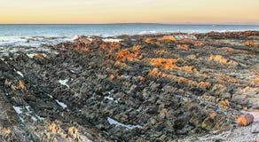 De kust van de Atlantische Oceaan in Zuid-Afrika Stock Foto