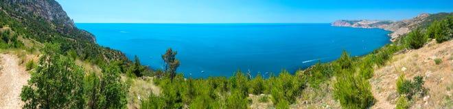 De kust van de Zwarte Zee van het landschap Royalty-vrije Stock Afbeeldingen