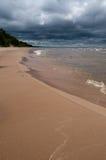 De kust van het meer in Estland Royalty-vrije Stock Fotografie