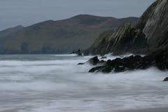 De kust van Ierland bij Dingle schiereiland Royalty-vrije Stock Afbeeldingen