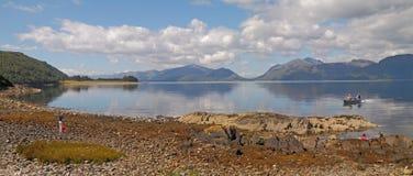 De kust van Loch Linnhe royalty-vrije stock fotografie