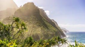De kust van Napali, Kauai, Hawaï Stock Afbeeldingen