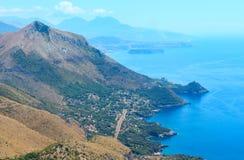 De kust van Thyrreense Zee dichtbij Maratea, Italië Royalty-vrije Stock Foto