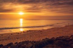 De kust van zuidenautralian bij zonsondergang Stock Afbeeldingen