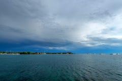 De kust verre mening van het Saonaeiland van water Royalty-vrije Stock Afbeelding