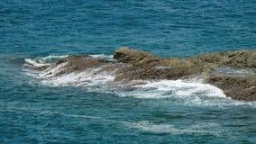 De kustgolven van Indische Oceaan stock videobeelden