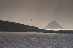 De kustlijn de noordelijke Atlantische Oceaan, Ierland Stock Afbeeldingen
