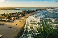 De Kustlijn en het strand van Roemenië de Zwarte Zee in Mamaia, Constanta-stad stock fotografie