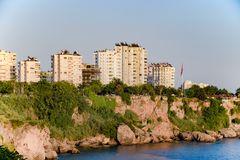 De kustlijn van Antalya, het landschap van stad van Antalya is een mening van de kust en het overzees stock foto's