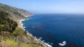 De Kustlijn van Californië stock afbeeldingen