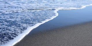 De kustlijn van het strand Stock Foto's