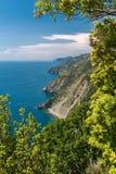 De kustlijn van Ligurië, in het Cinque Terre-gebied stock afbeeldingen