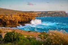 De kustlijn van Malta stock foto's