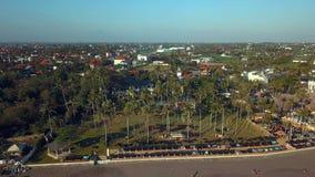 De kustlijnen van Bali Indonesië stock video