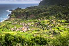 De kustlijnlandschap van de Azoren in Faja Grande, Flores-eiland Portug Royalty-vrije Stock Afbeeldingen
