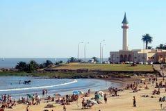 De kuststrand van Montevideo in de zomer Royalty-vrije Stock Foto