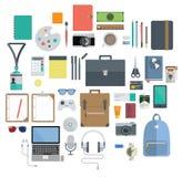 De l'équipement de bureau, instrument de voyage et icône de passe-temps Image libre de droits