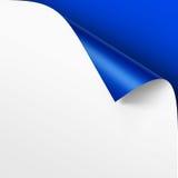 De la esquina encrespada del Libro Blanco en fondo azul ilustración del vector